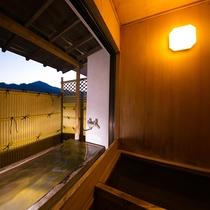■-蓬莱-■檜の内風呂