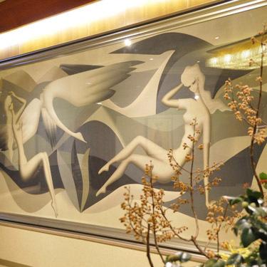 リビーにある東郷青児の巨大画