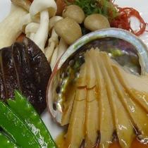 鮑と季節野菜のオイスターソース