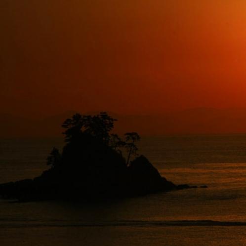 篠島の夕陽はとてもキレイです!