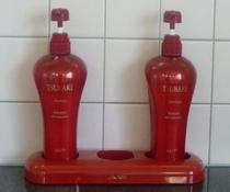 展望浴場のシャンプー&コンディショナー(女性) TSUBAKI