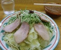 広島つけ麺 ピリ辛だれにつけて召し上がれ
