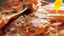 福井の冬の味覚王「越前蟹」炭火焼懐石でお楽しみください。