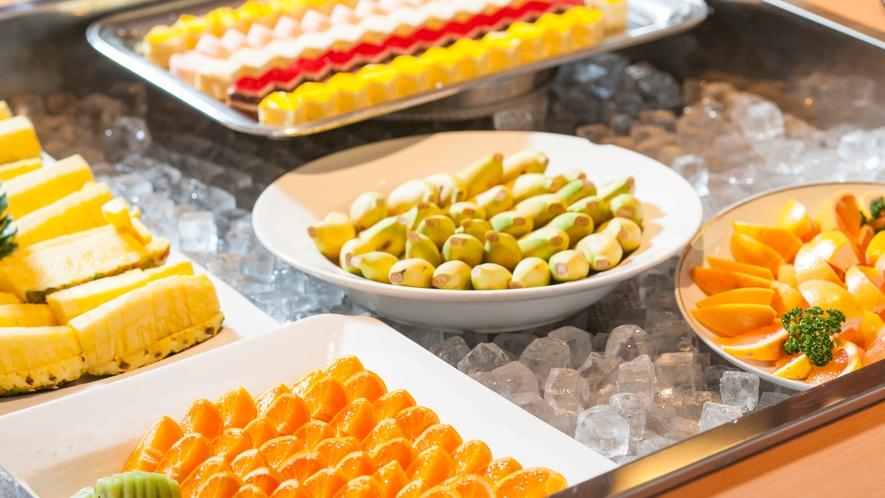 ◆果物とカットケーキのデザート