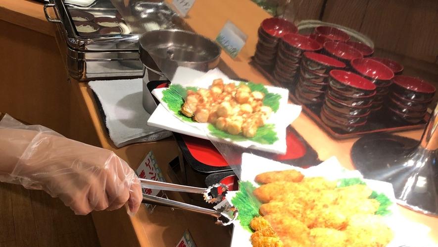 ◆【レストラン】トングからの感染防止のため手袋の使用をお願いしております。