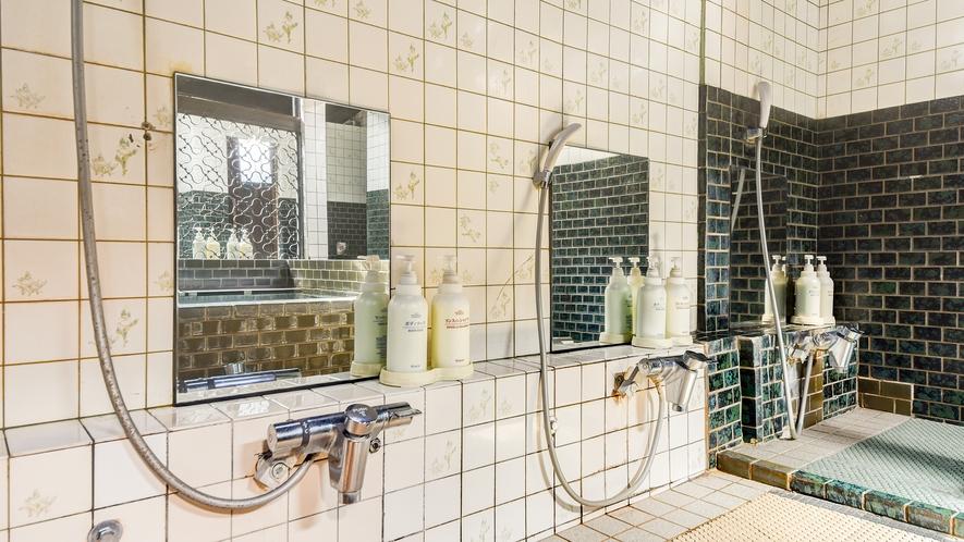 *男湯洗い場/嬉しいシャンプー&ボディソープ付き♪