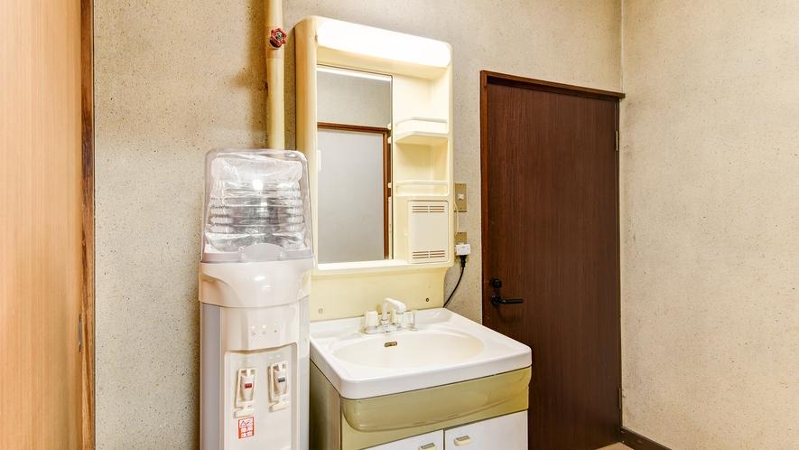 *【和室6畳】お部屋にウォーターサーバー設備♪
