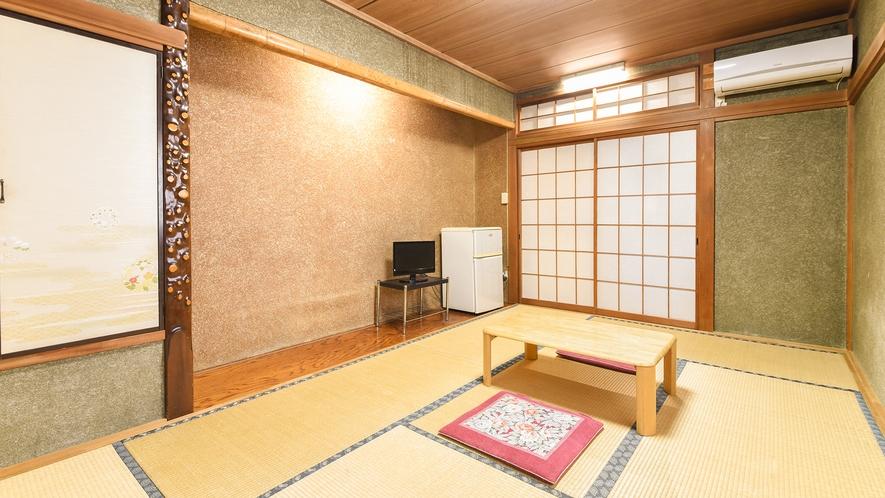 *【和室6畳】レトロな雰囲気の落ち着くお部屋です。