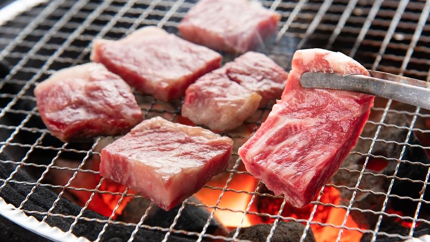*炭火で焼き上げる特選和牛は一味違います!