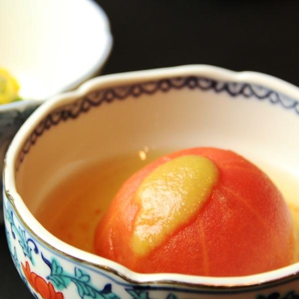料理-煮込んだトマトの柚子胡椒添え