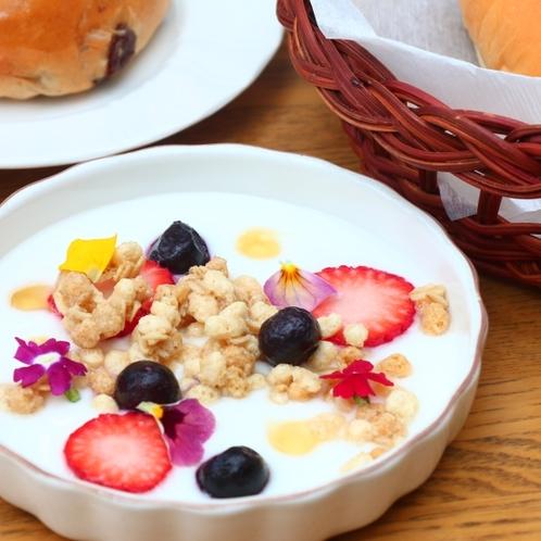 朝食シリアルヨーグルト
