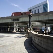 日本橋付近を散策してみてはいかがでしょうか