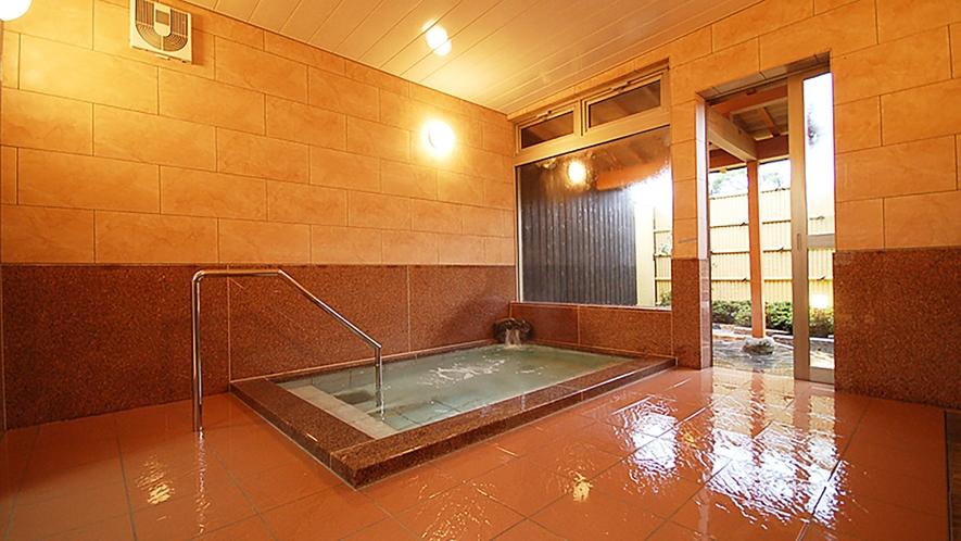 *【男湯内湯】地下1200メートルから湧出する天然温泉です
