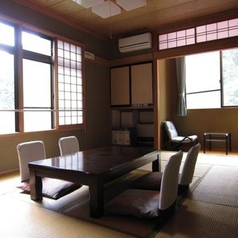 山側和室12畳◆3階