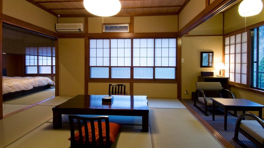 川側8畳和室+ベッドルーム
