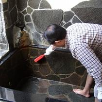 客室温泉露天の清掃