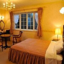 夕暮れ時が心地よいロマンチツクな、2Fラベンダーのお部屋