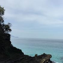 伊豆をぐるり、白浜海岸は、サントロペから約1時間