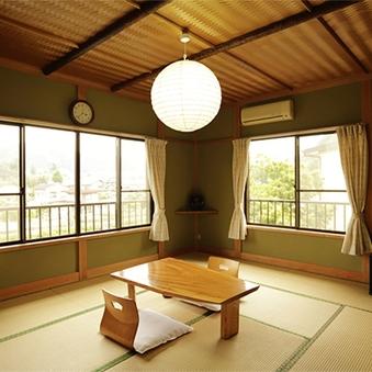 2階和室10畳◆5名様まで対応の広々角部屋♪