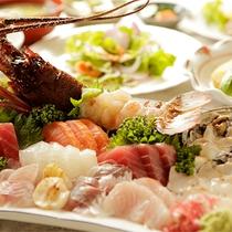 【食事】季節のお料理一例 伊勢エビ&アワビ付
