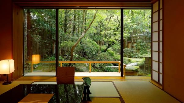 水昌の間 ‐庭園を臨む1階特室 和室10畳+6畳‐