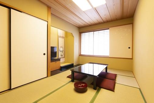 和室(7.5畳)☆禁煙☆バス・シャワートイレ付