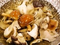 秋の味覚「きのこ鍋」