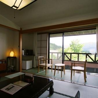 【基準室】手作り家具やインテリア。山の温もりを感じて(禁煙)