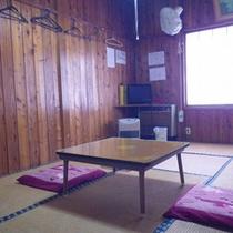 *【客室例】木のぬくもりが感じられる畳のお部屋。