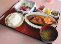 河丁定食(1,050円)