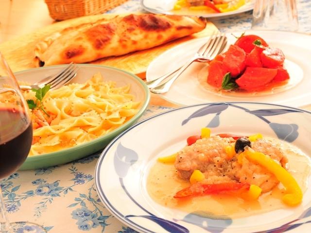 イタリア風家庭料理のディナー