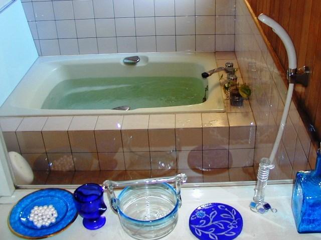 お風呂はご家族で貸切にしてお使いいただけます