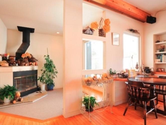 暖炉のあるプレイルーム
