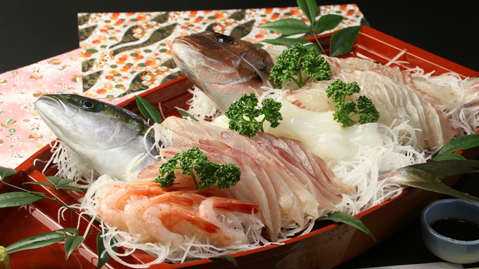 大満足!ピッチピチの魚介をふんだんに食べつくす 日本海舟盛り海鮮プラン♪