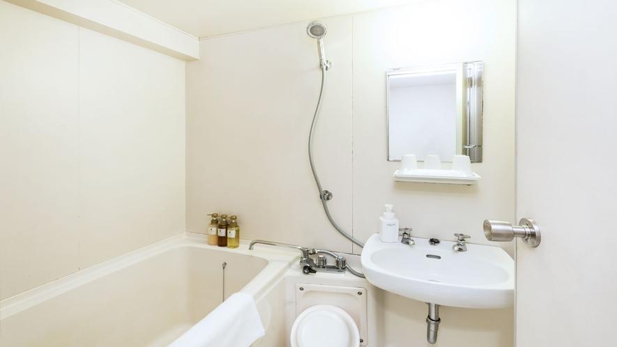 スタンダードトリプルバスルーム一例