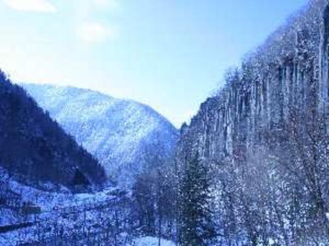 冬晴れの日、館内からの景色。