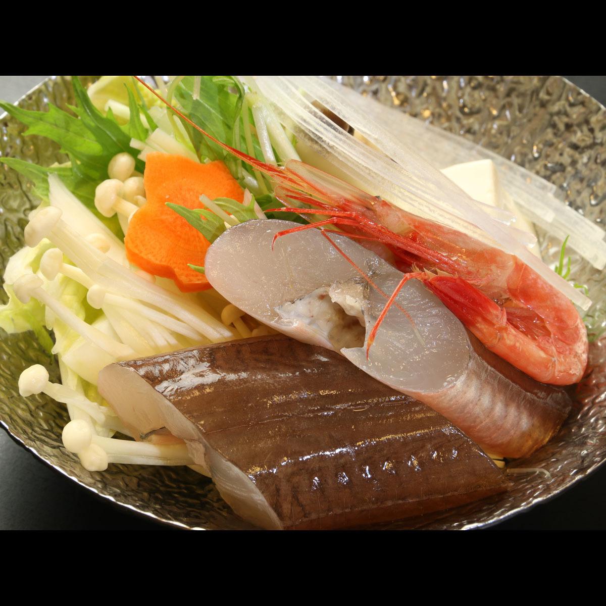 お野菜と魚介の旨味たっぷり 季節鍋〜故郷
