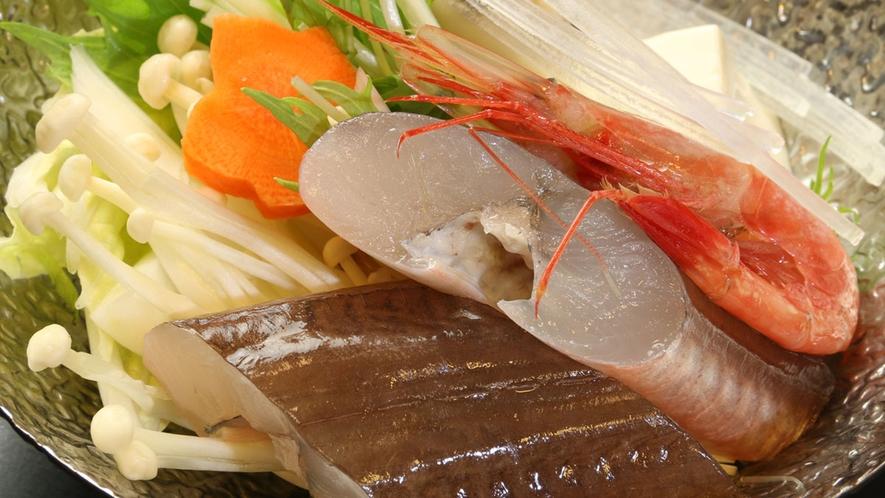 お野菜と魚介の旨味たっぷり 季節鍋