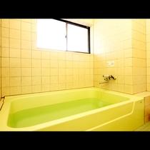 ニーズに合わせてご利用いただけるご家庭サイズの貸切風呂です。