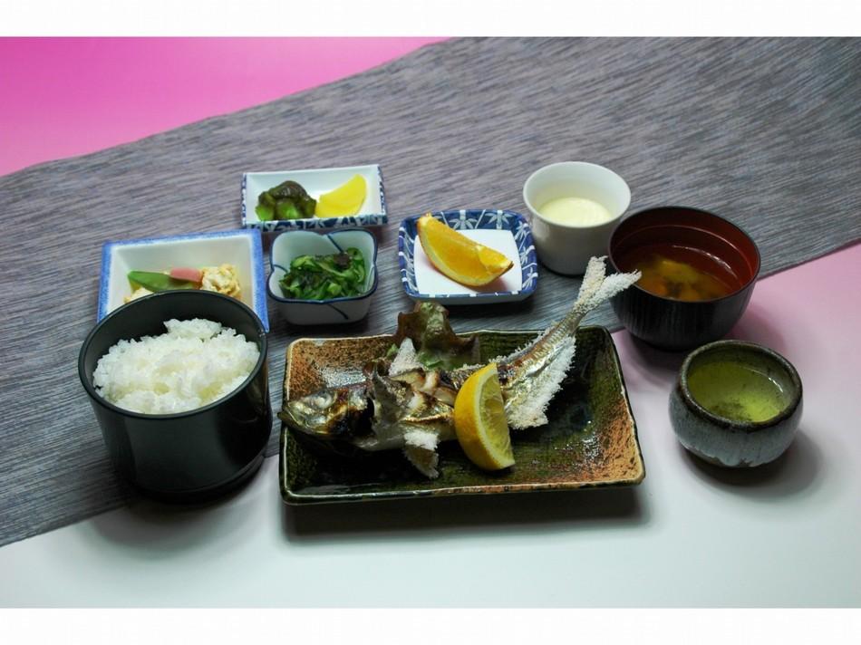夕食一例 焼魚定食