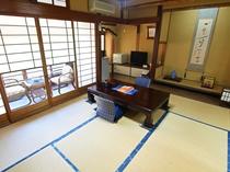 昭和の和室(C)(客室一例) 【紅葉】