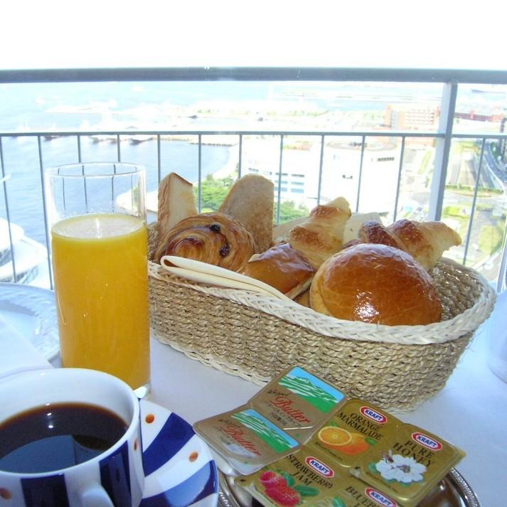 コンチネンタル朝食
