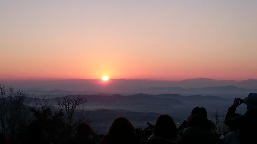 鬼ノ城から見る初日の出