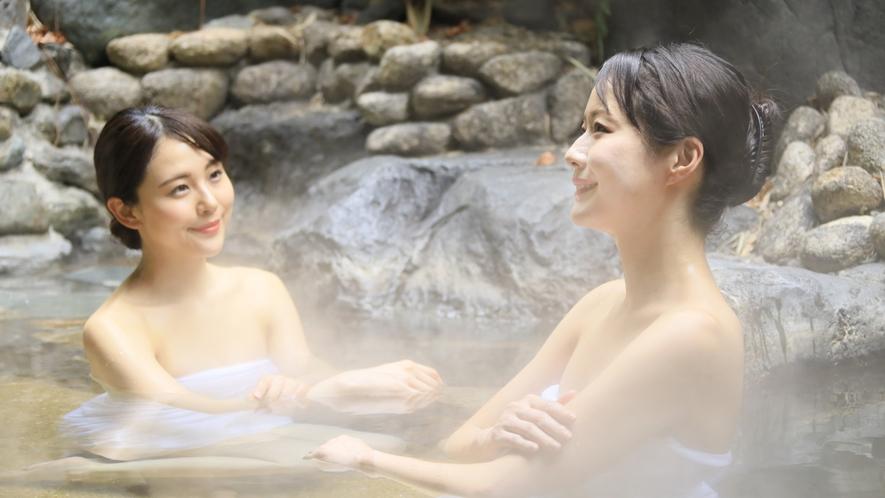 【大浴場/つきの湯】純アルカリ性単純泉と活性石温泉をお楽しみいただける、美肌効果にもおすすめな湯。