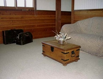 ペンション客室リビングルーム