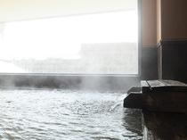 【大浴場】羊蹄山麓のミネラル豊富な天然水