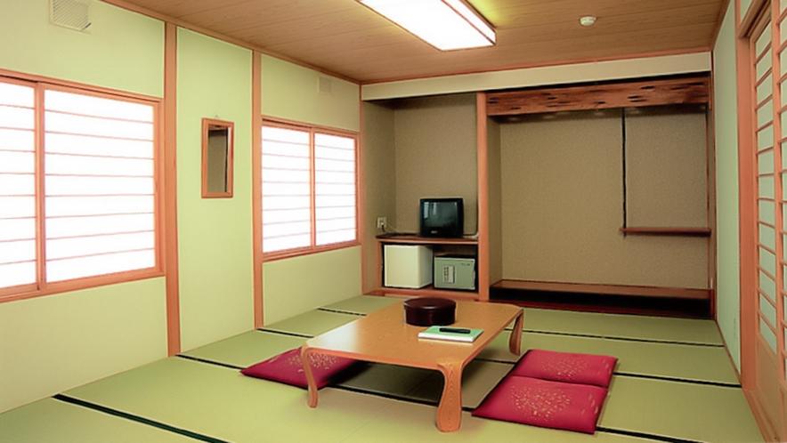 【ヌプリ館和室(本館)】リーズナブルに泊まることができる。