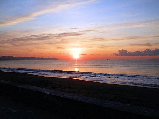 部屋から朝日を一望!海側カップルプラン