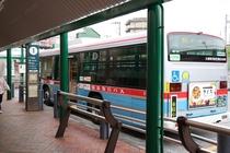【道順】①番乗り場から「通信研究所行」または「YRP・光の丘2番行」のバスにお乗りください