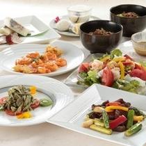 中国レストラン胡蝶花(シャガ)のコース料理もお得な宿泊プランでどうぞ(*^_^*)